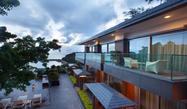 东澳岛clu b m ed度假村及各类基础设施建设陆续上马,六星级酒店,大型