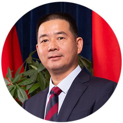 洪伟艺 先生|3561810